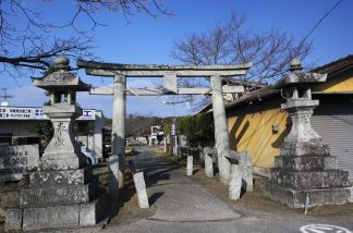 日本最古の石鳥居