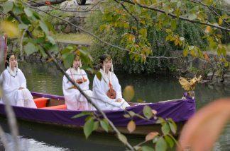 三女神舟巡幸