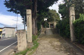 穴場神社参道