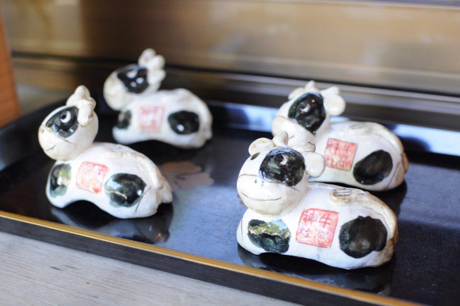 牛窓神社の牛の置物