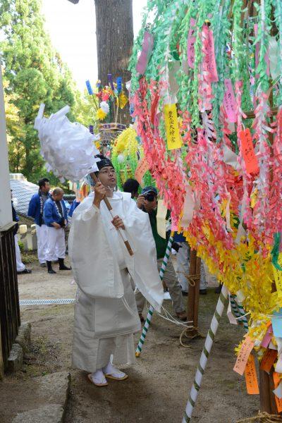 八幡神社花祭り2