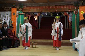 八幡神社渡り拍子1